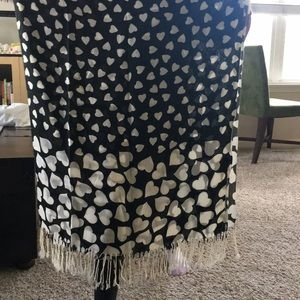 Accessories - Heart scarf